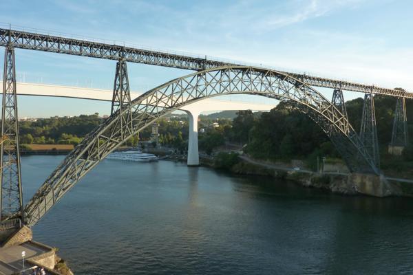 porto  gustave eiffel 1877 the maria pia bridge